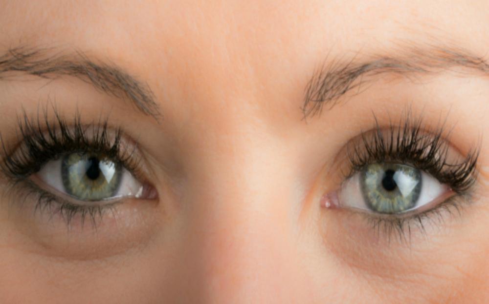 How To Make Your Eyelashes Grow Naturally Mia Adora Beauty